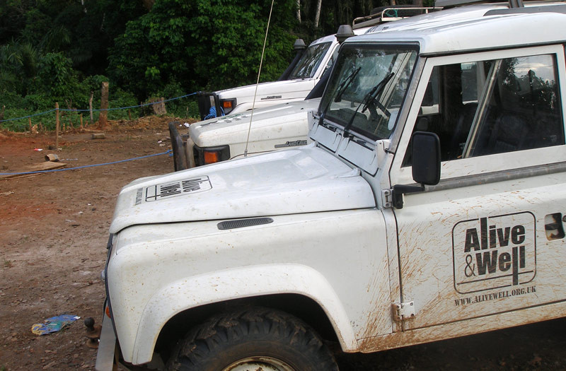 Sierra-Leone-2010-(116)-Landrover-and-landcruisers