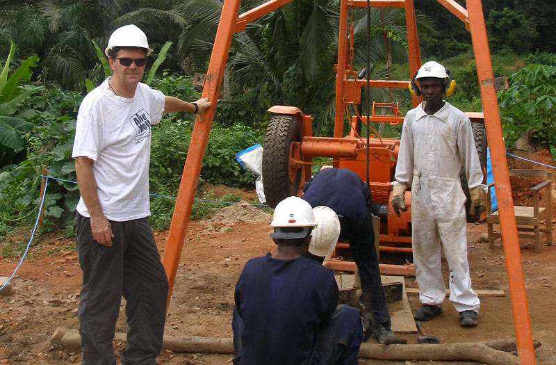 Sierra-Leone-2010-(169)-Paul-and-Rig