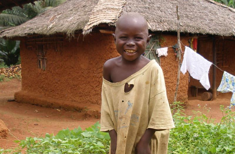 Sierra-Leone-2010-(177)-Boy-in-Gema