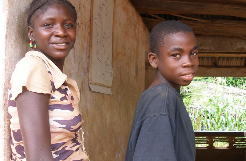 Sierra-Leone-2010-(181)-Children-Gema