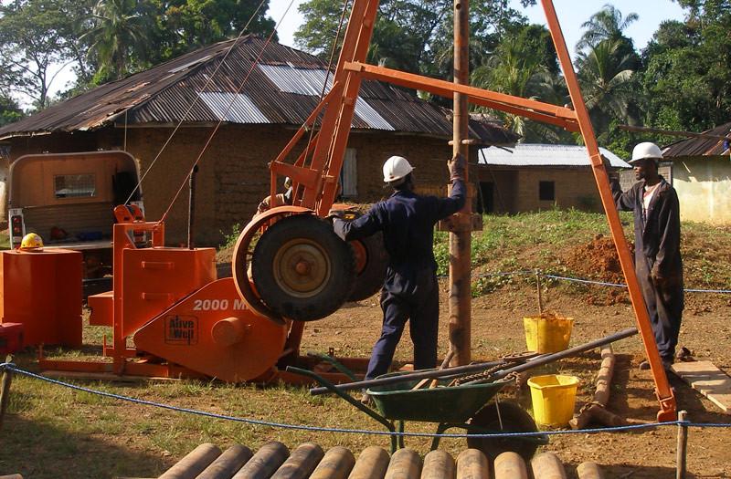 Sierra-Leone-2010-(322)-Rig-in-Dedeghan