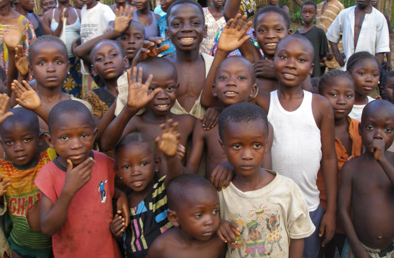 Sierra-Leone-2010-(68)-Welcome-in-Gbongay
